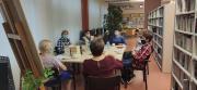 Zdjęcie kolorowe, spotkanie klubowiczek Dyskusyjnego Klubu Książki