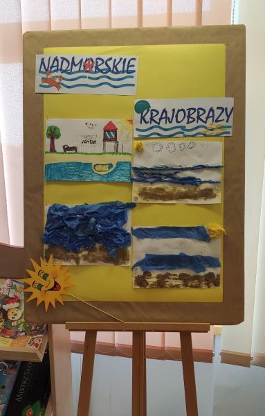 Zdjęcie kolorowe, prace dzieci wykonane podczas wakacji w bibliotece