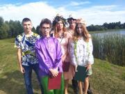 Zdjęcie kolorowe, uczestnicy Narodowego Czytania Balladyny ze Szkoły Podstawowej w Połańcu